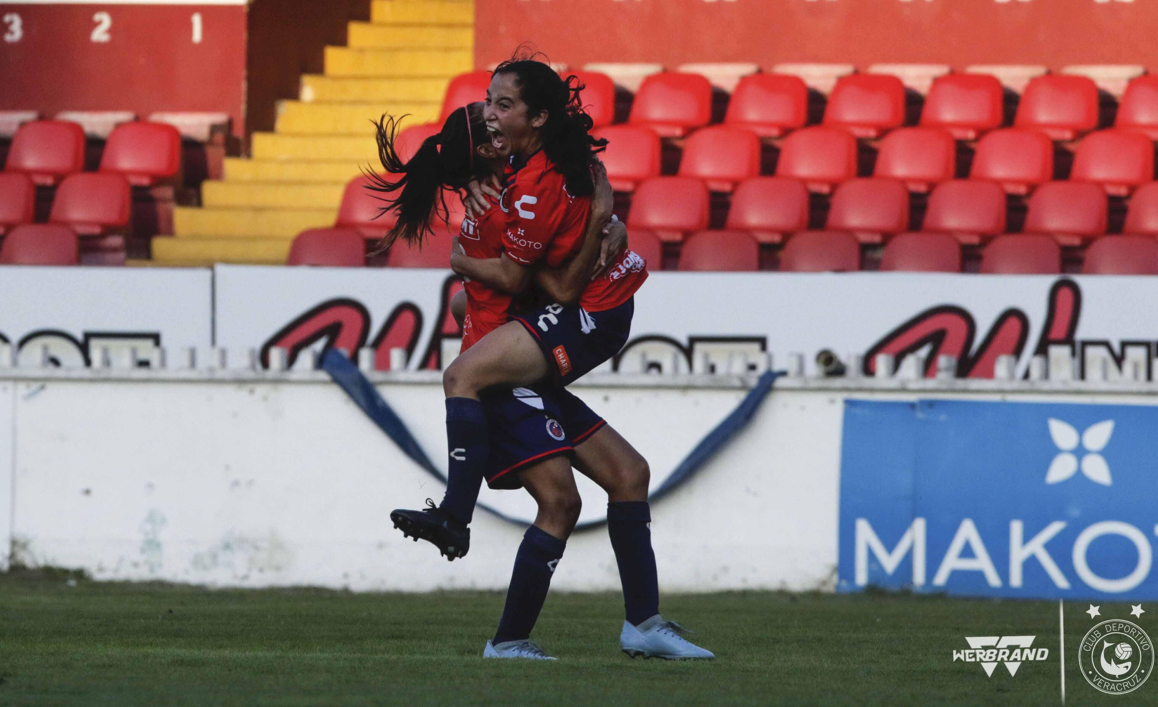 Tiburonas Rojas vencieron 2-0 a Puebla en inicio de segunda vuelta de Liga MX Femenil