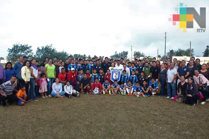 Inicia labores filial de Gallos Blancos en Coatzacoalcos
