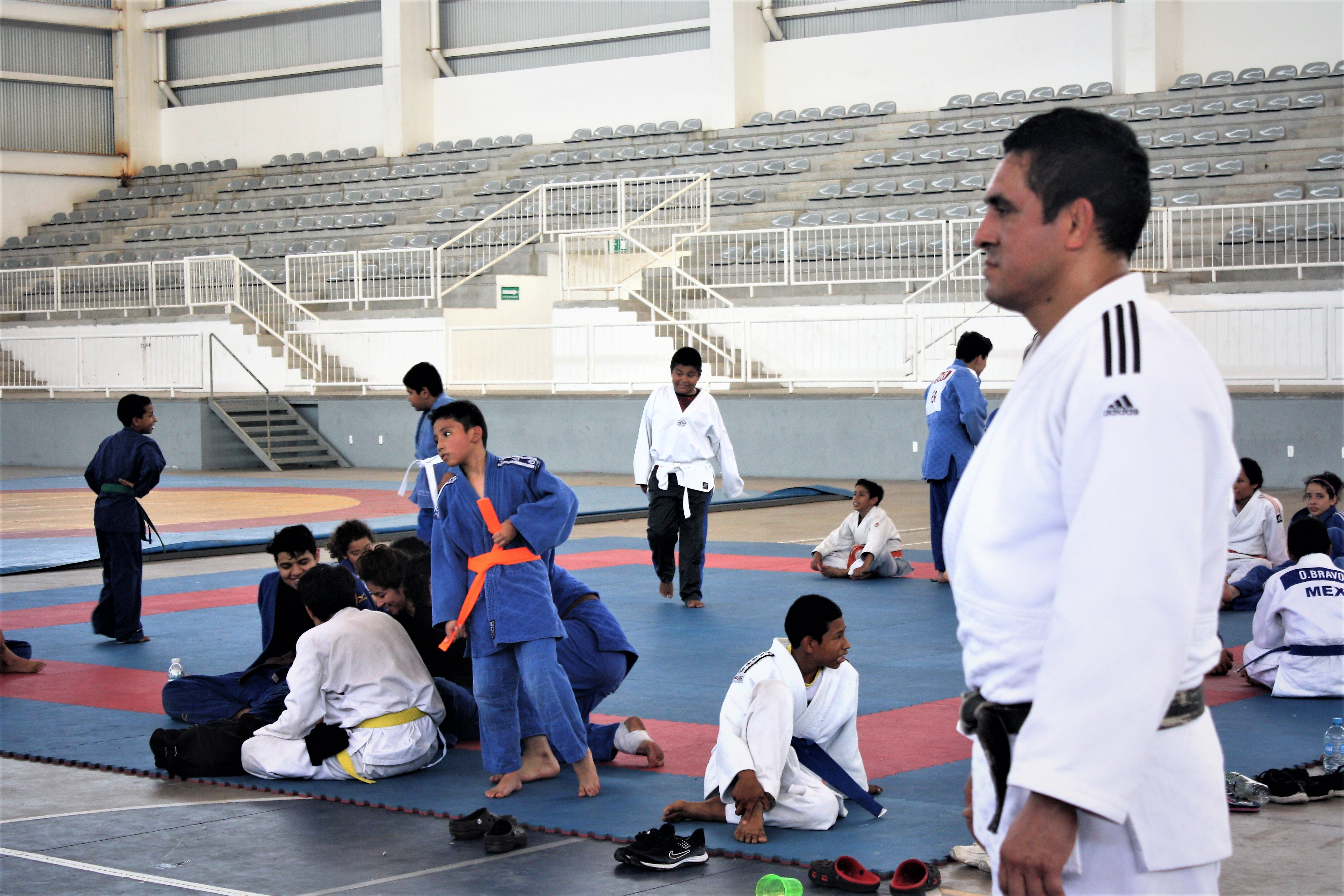 Entrenador de judo asiste a Clínica Internacional en Panamá
