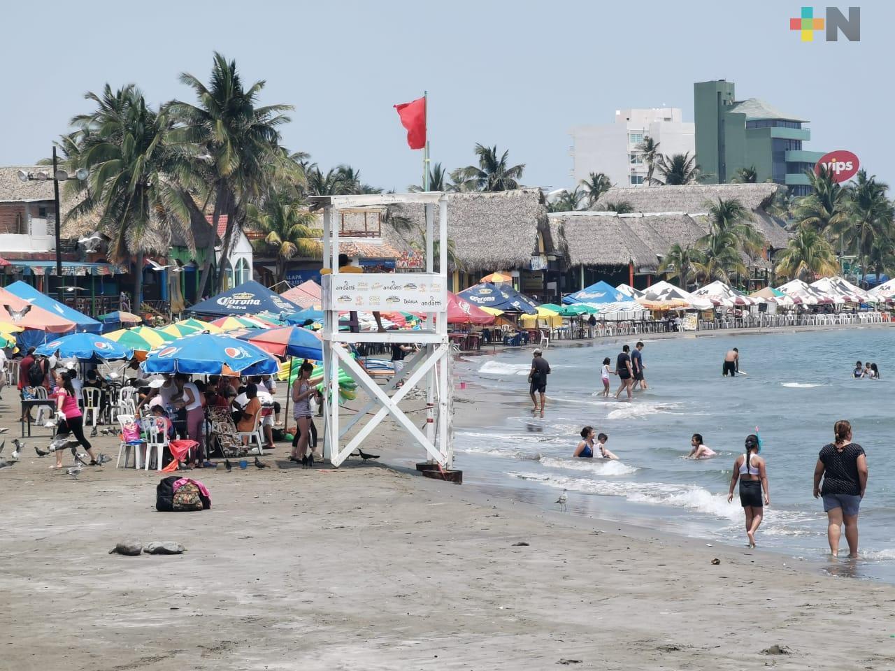 Semáforo rojo en el puerto de Veracruz es por 13 mil contagios, no es tema político: Gobernador