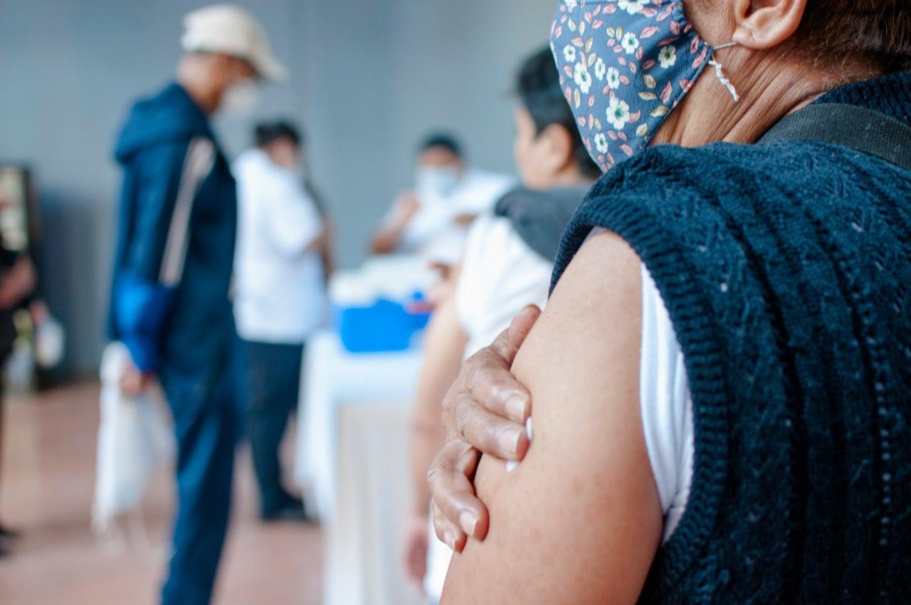 En Coatepec, 13 y 14 de octubre aplicarán primeras dosis de AstraZeneca a jóvenes de 18 a 29 años