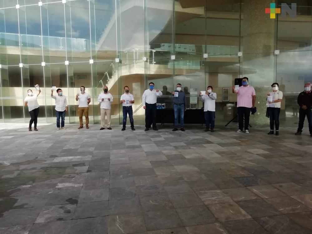 Entregan cubrebocas en colonias de Coatzacoalcos