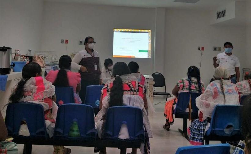 Personal de Salud y parteras tradicionales intercambian conocimientos