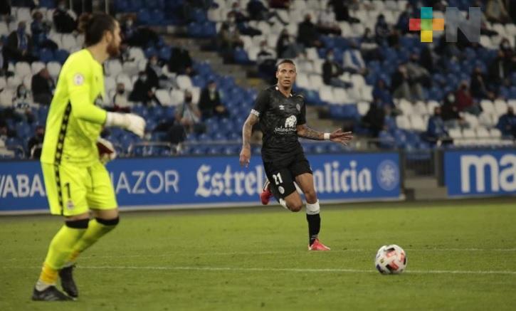 Salamanca cayó en La Coruña, debutó Diego Chávez