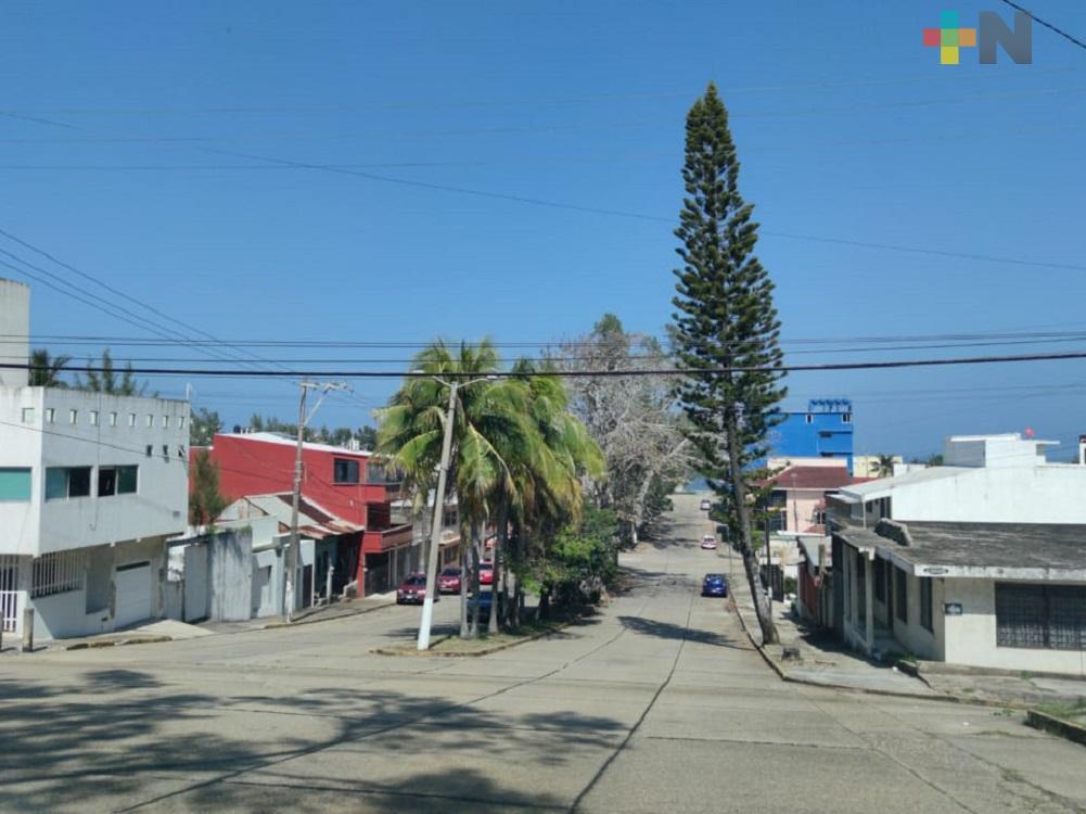 Ambiente diurno cálido y bajo potencial de lluvias en gran parte del territorio veracruzano