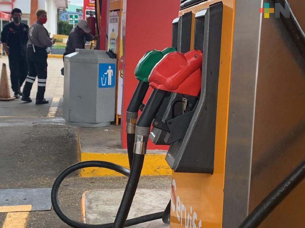 Profeco presentó precios de gasolina regular, premium y diésel