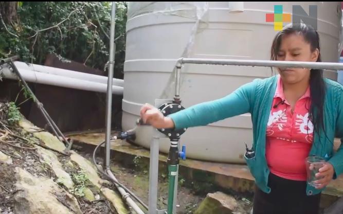 Entrega CAEV biodigestores y obras de captación de agua en Mixtla de Altamirano