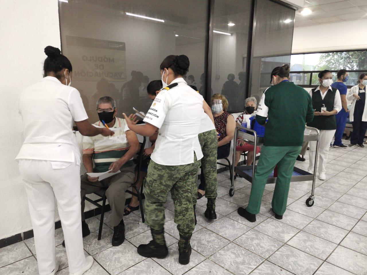 SEDENA se suma a brigadas, llevarán vacunas COVID a poblados lejanos de Veracruz