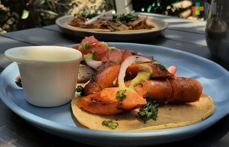 «Taco de birria de picaña», único en su tipo que se vende en el puerto de Veracruz