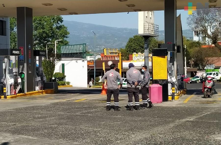 """Clausuran cuatro bombas de gasolinera """"Servicios Paraíso"""", en Xalapa"""