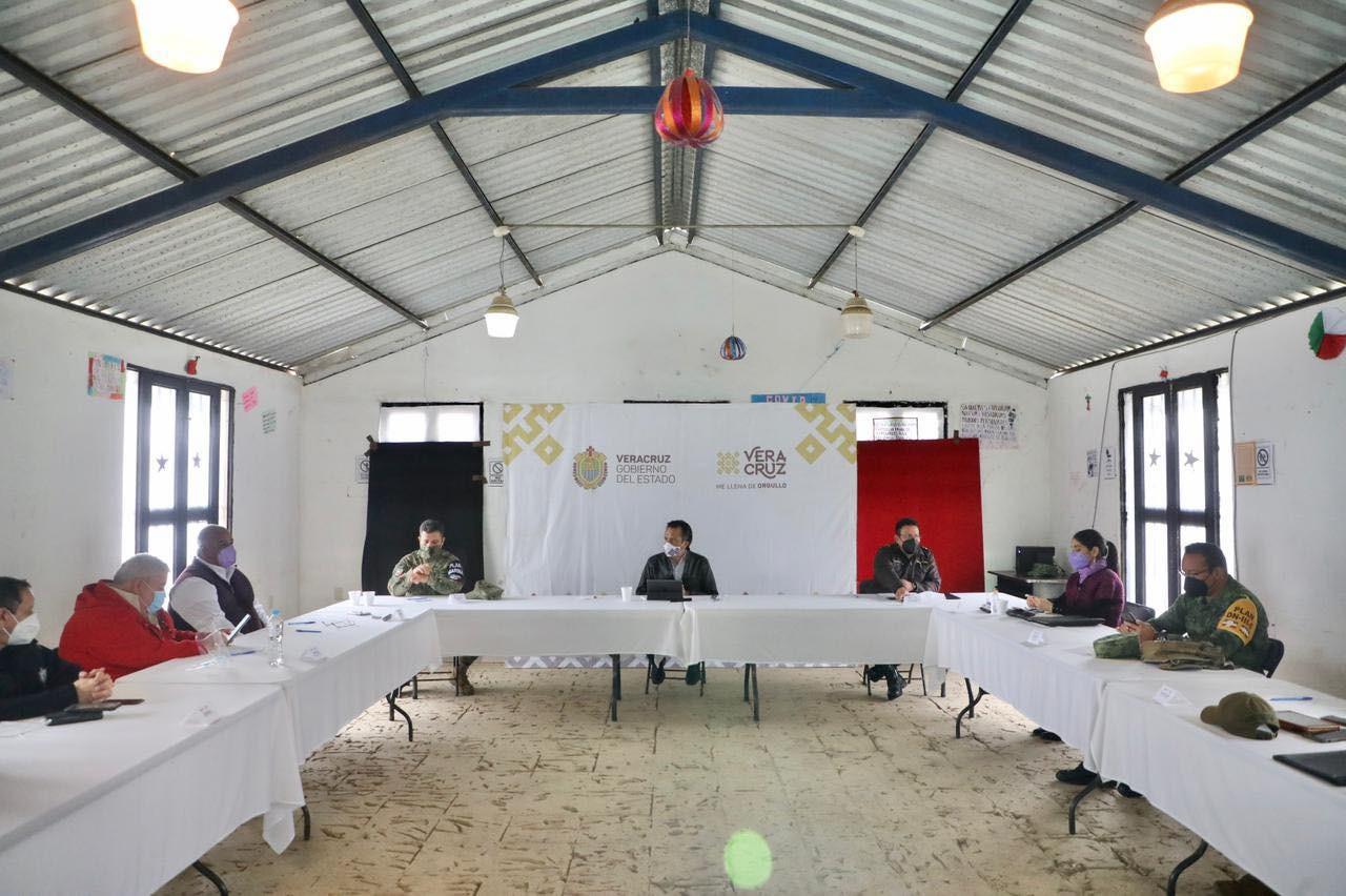 Gobernador presidió Mesa de Coordinación para la Construcción de la Paz en Ilamatlán