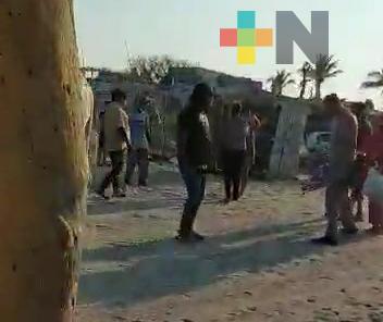 Se registró una riña entre palaperos y bañistas en playa Antón Lizardo, en Alvarado