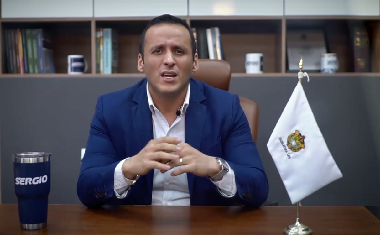 Critica Sergio Hernández designación de candidato de alianza Va por México a la alcaldía de Xalapa
