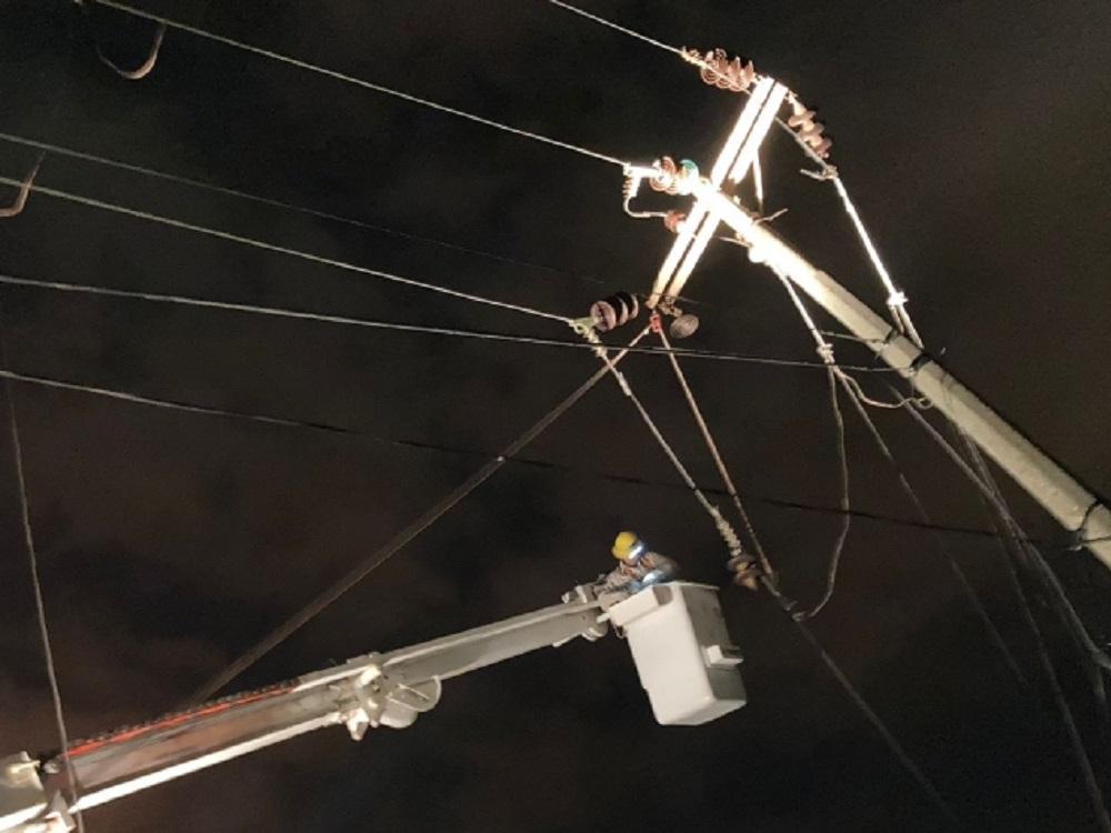 CFE ha restablecido suministro eléctrico al 91% de usuarios afectados por incendio en Complejo Petroquímico de Coatzacoalcos