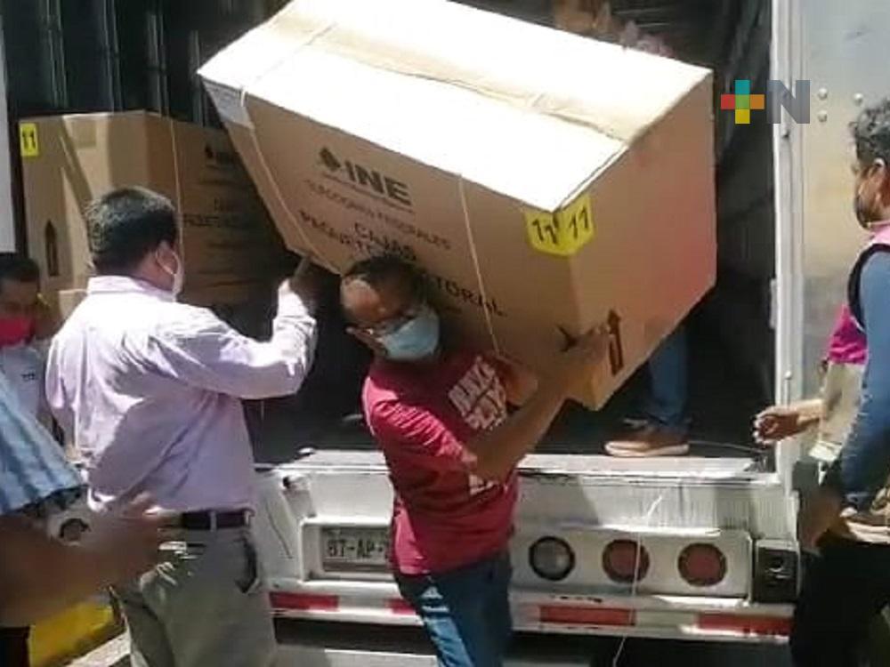 En Coatzacoalcos, Junta Distrital recibió documentación electoral y material que no requiere de custodia