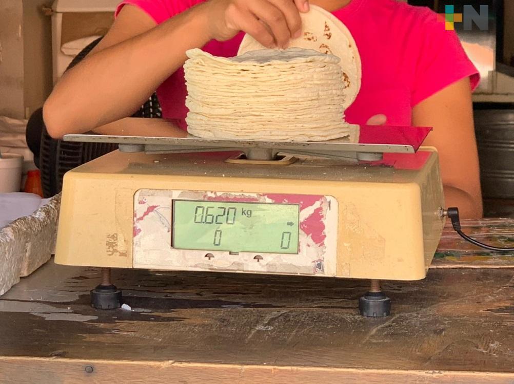 En Coatzacoalcos, mayoría de tortillerías ya modificaron precio del kilogramo