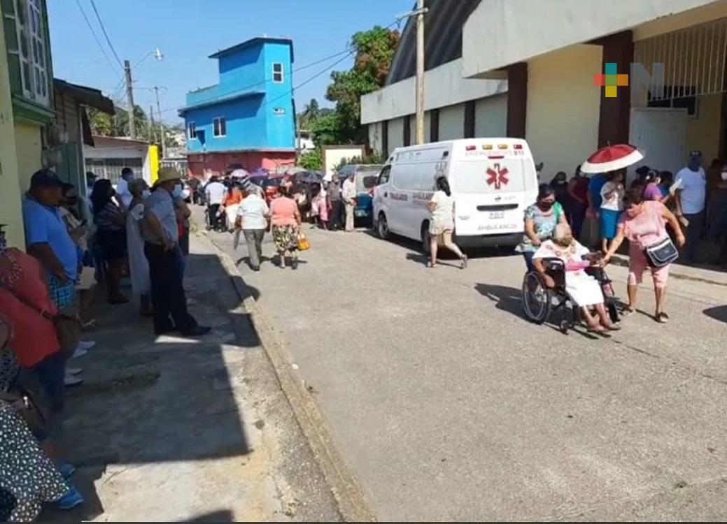 En Ixhuatlán del Sureste, inició aplicación de segunda dosis de vacuna anticovid para adultos mayores