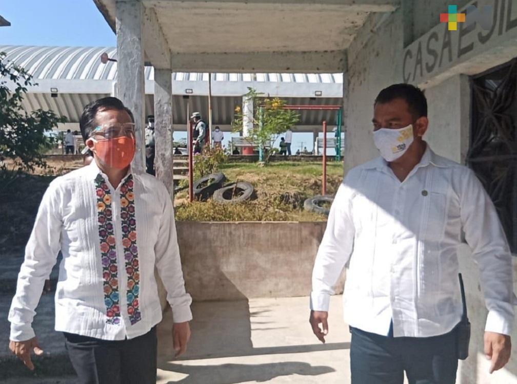 Gobernador Cuitláhuac García encabezó mesa de Construcción de la Paz en comunidad del municipio de Minatitlán