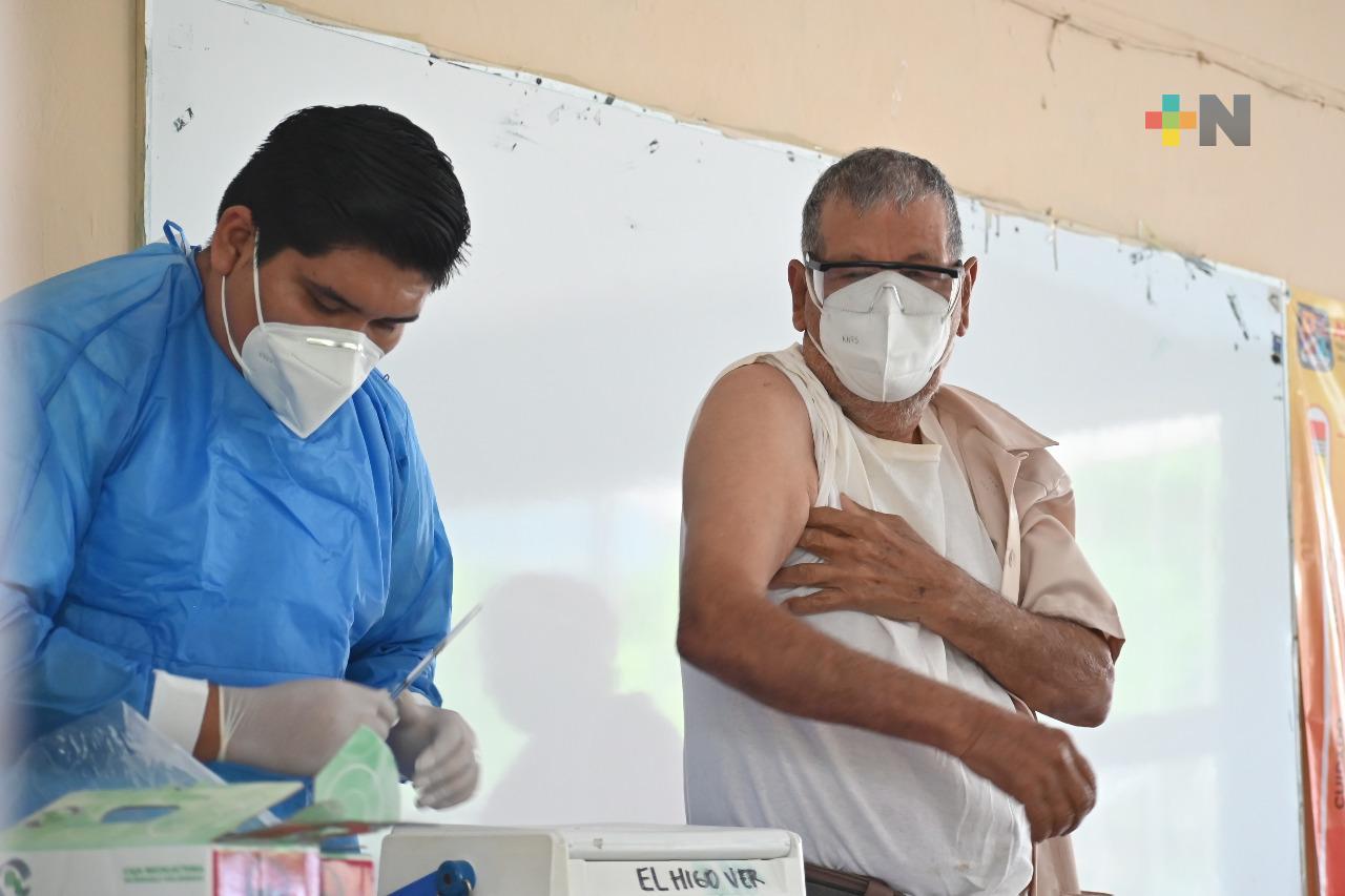 Llega vacuna CanSino a Tantoyuca
