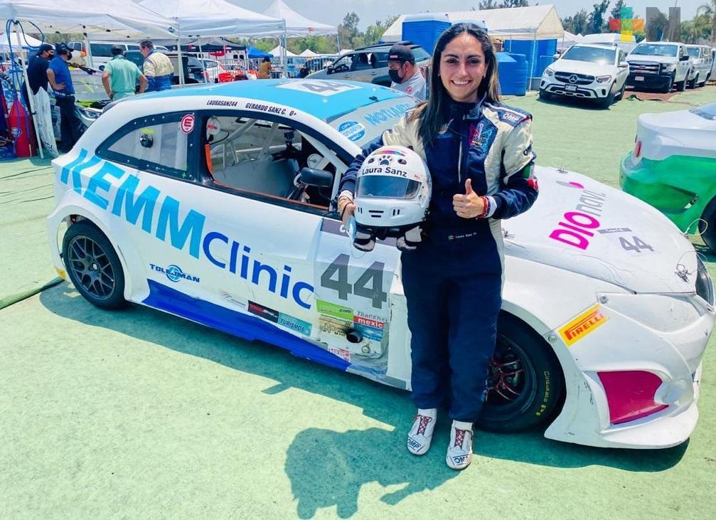 Laura Sanz vuelve a sumar puntos en la Copa Notiauto; la veracruzana acabó en la quinta posición en una carrera