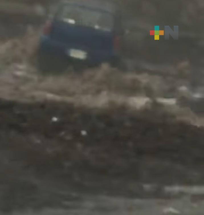 Por derrumbe cierran la carretera Xalapa-Perote