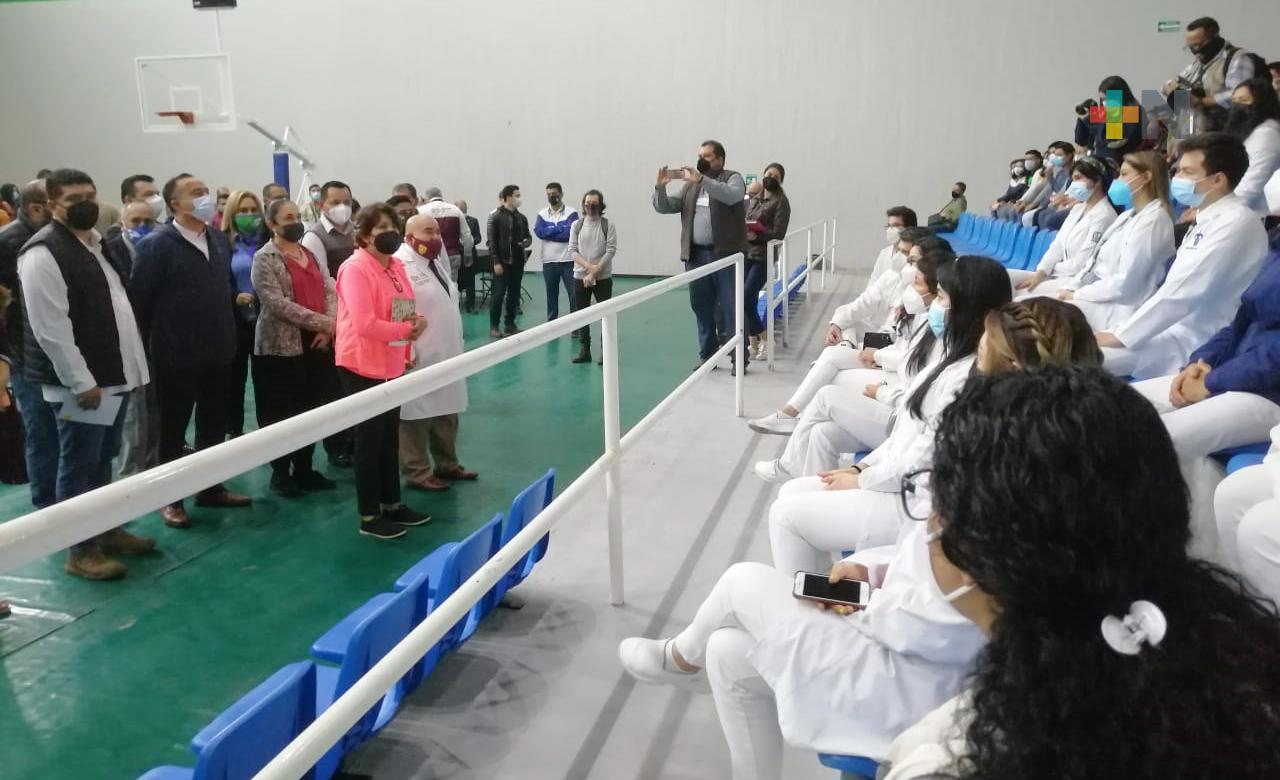 Supervisa titular de la SEP inicio del proceso de vacunación a docentes en Veracruz