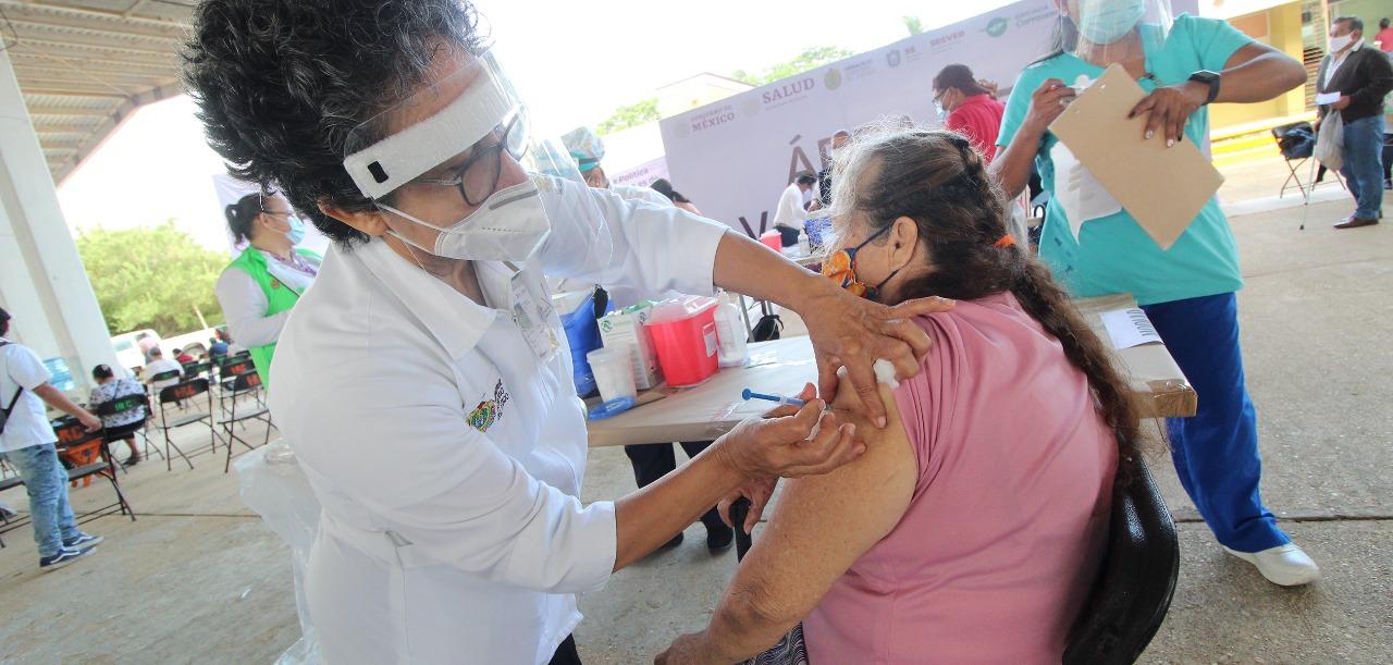 En Córdoba dan recomendaciones por segunda dosis de vacunación en adultos mayores