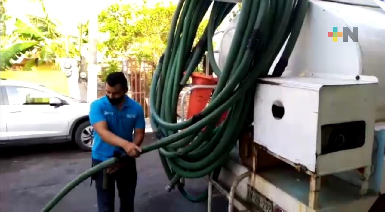 CAEV abastece de agua a comunidades de Tuxpan a través de pipas