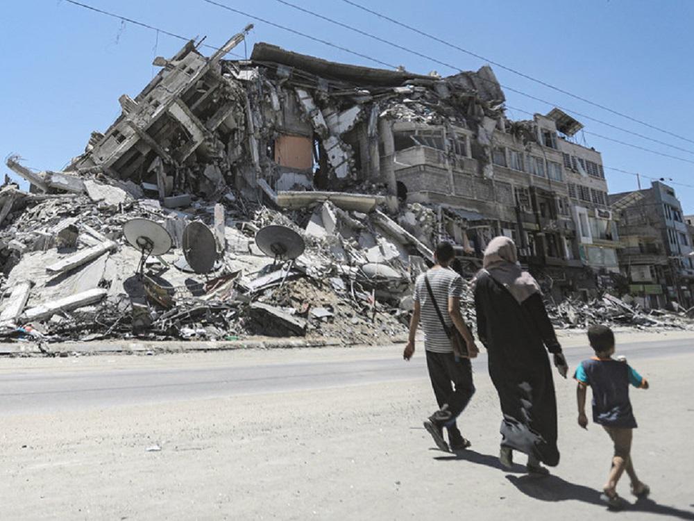 Bombardeos de Israel sobre Gaza pueden constituir crímenes de guerra, dice Bachelet
