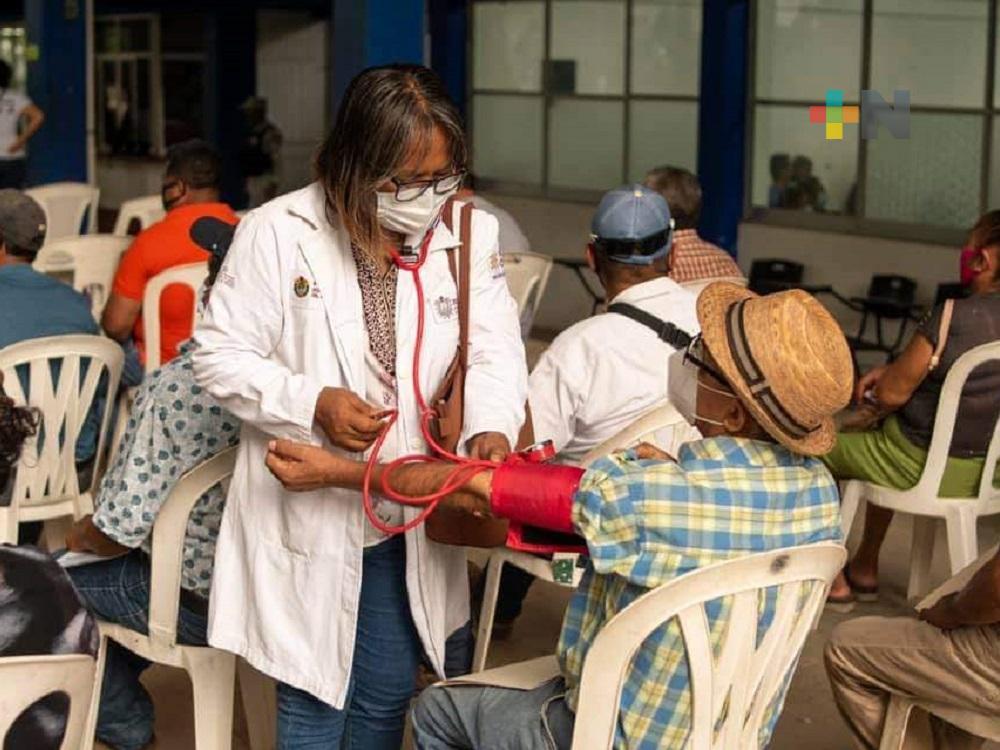 Vacunación está garantizada aun con disminución en el abasto de dosis, asegura presidente