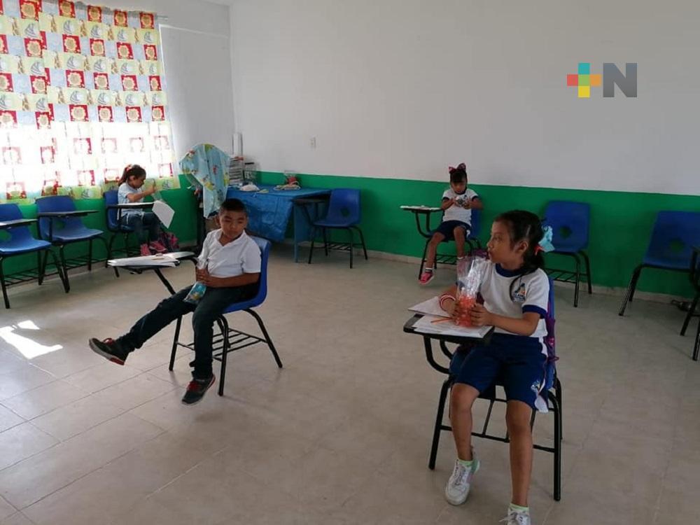 En Tuxpan, escuelas rurales regresan a clases presenciales