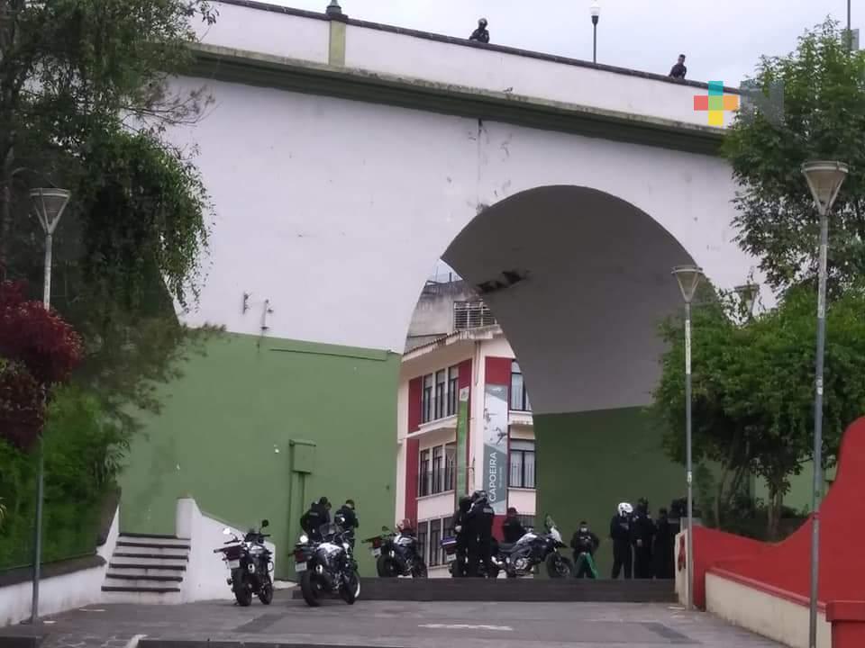 Hombre se arrojó del puente de Xallitic este jueves