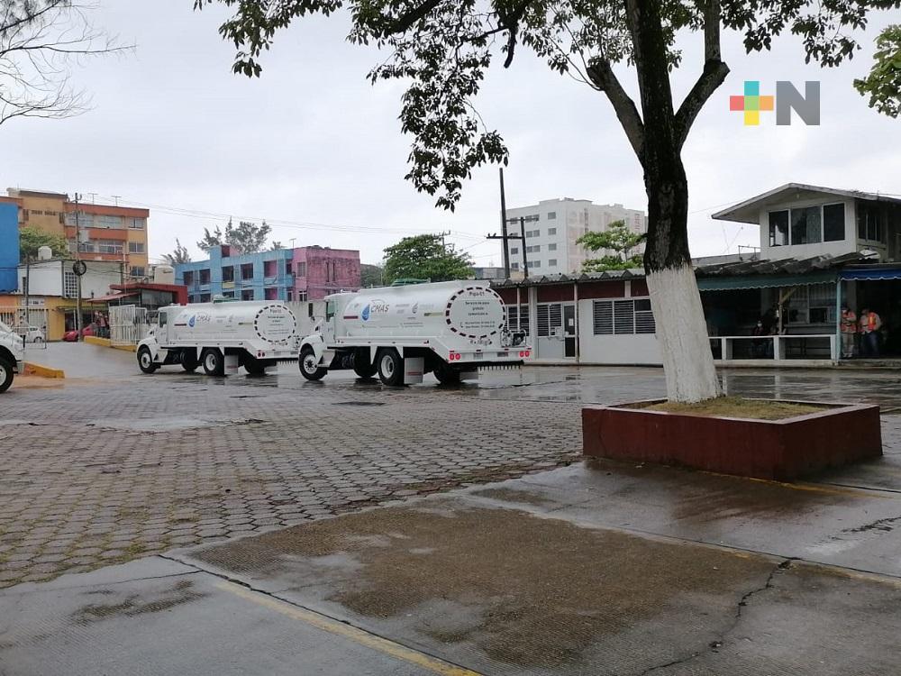 Suspenden servicio de agua en varias colonias de Coatzacoalcos, a través de pipas brindarán servicio