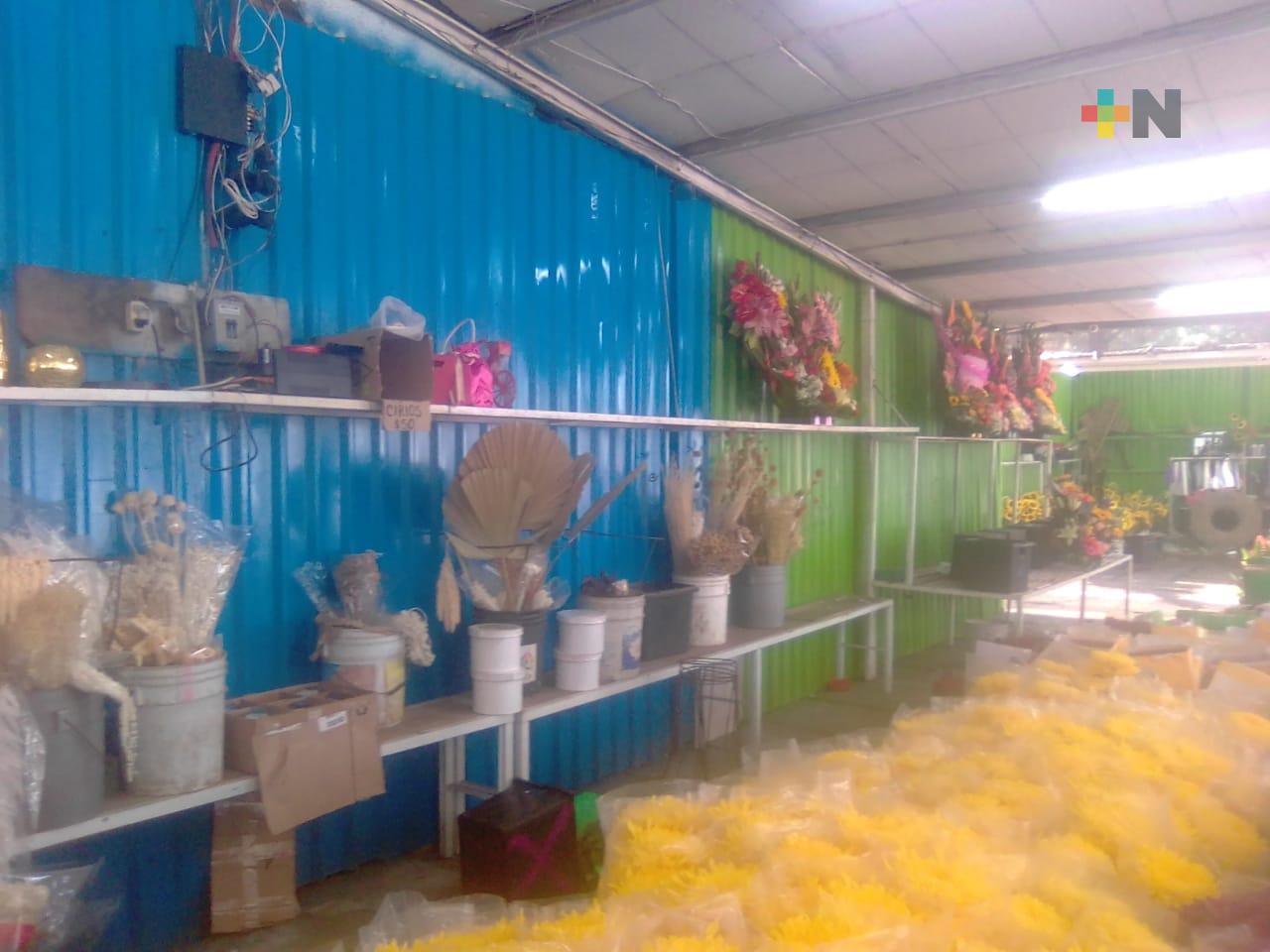 Invitan a comprar en Mercado de Flores de la ciudad de Veracruz para el 10 de mayo