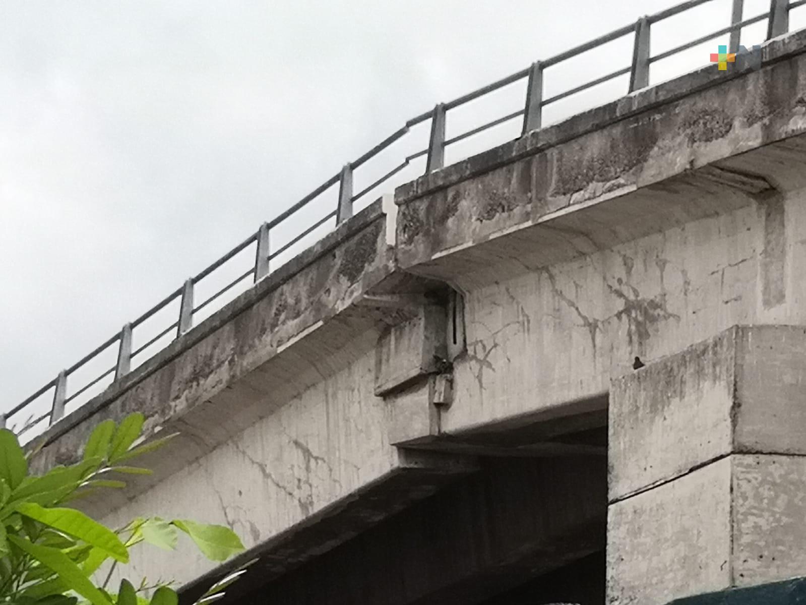 Vecinos piden se revise estructura del puente Jiménez de la ciudad de Veracruz