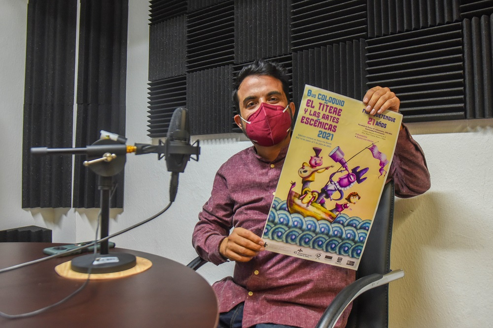Con coloquio celebra Merequetengue 21 años de su fundación