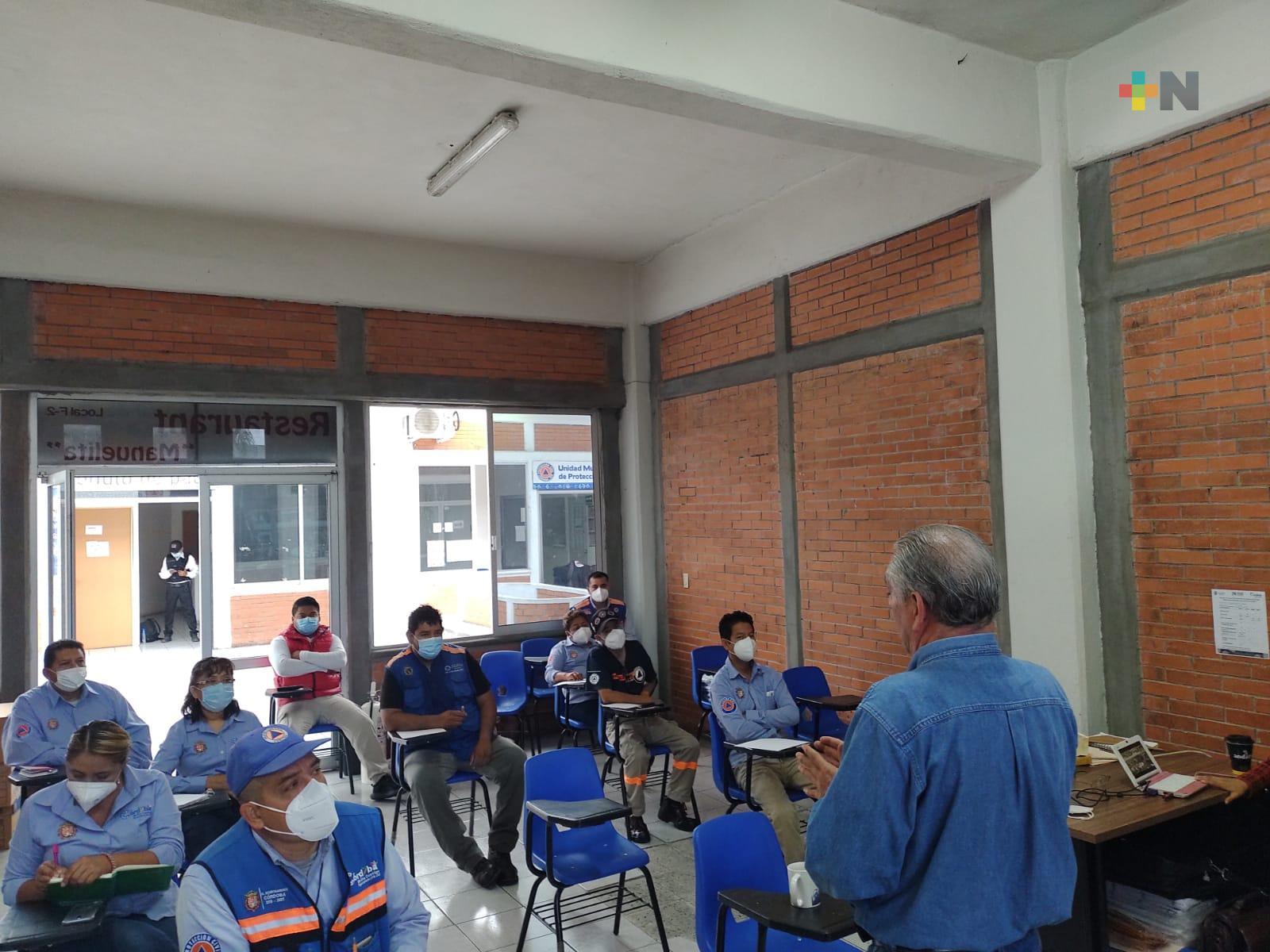 Personal de Protección Civil de Córdoba, en capacitación permanente para prevenir riesgos en el municipio