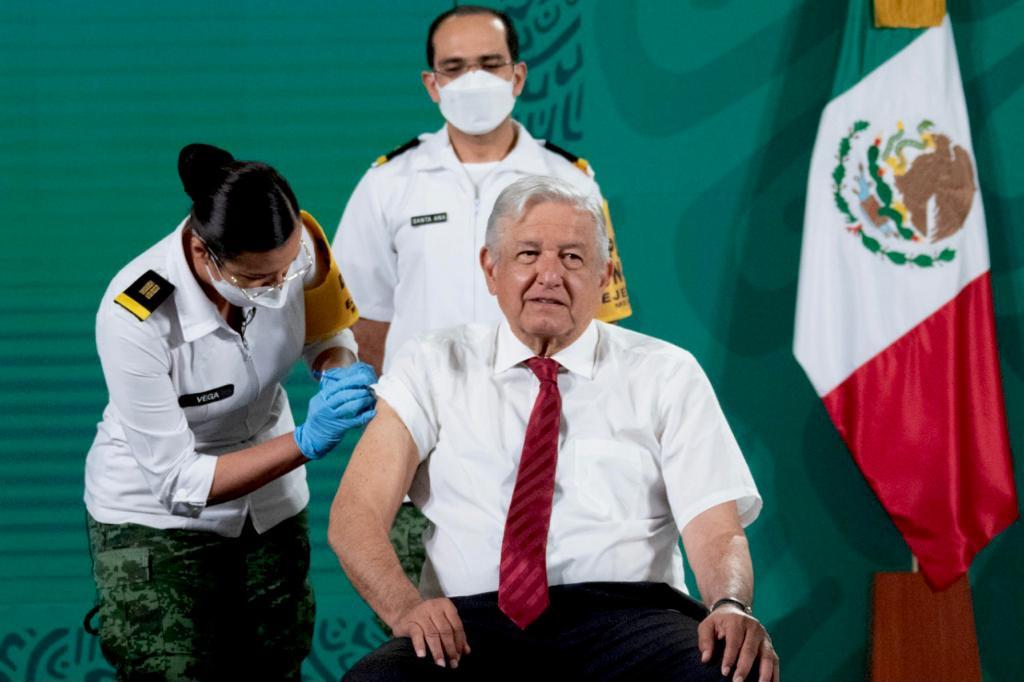 El Presidente de México recibió segunda dosis de vacuna anticovid