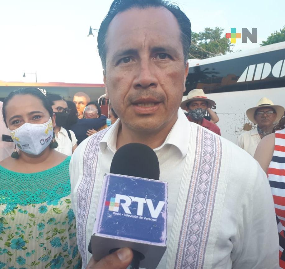 Anuncia gobernador de Veracruz rehabilitación del estadio de béisbol de Cosamaloapan