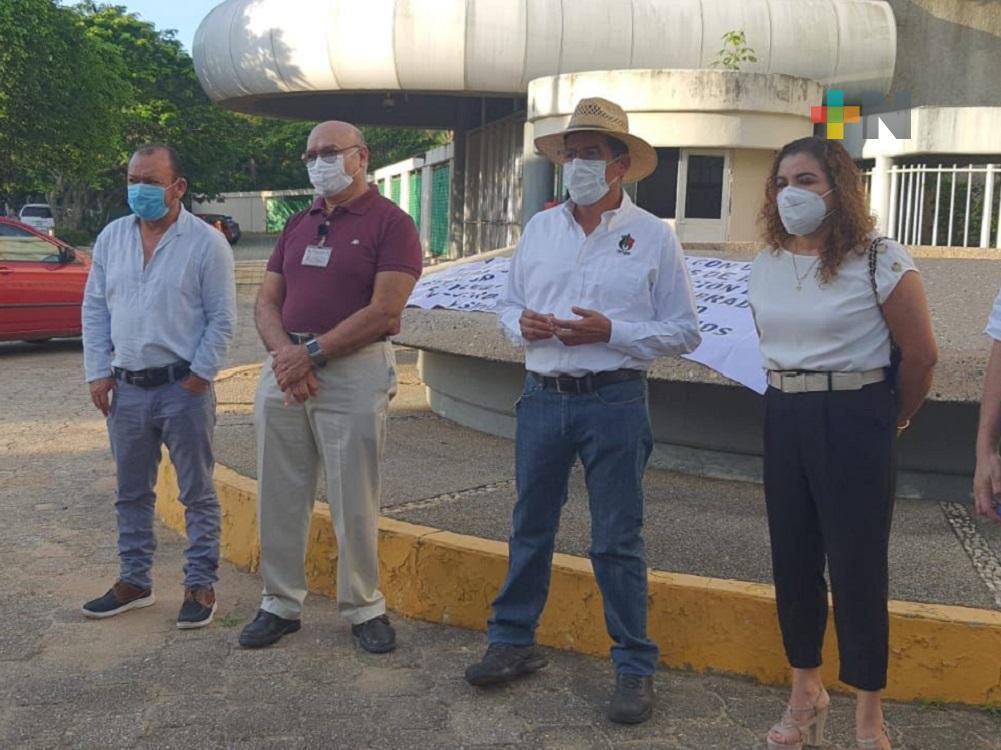Con manifestación pacífica, petroleros del sur de Veracruz se inconformaron por ampliación de plazo para jubilación