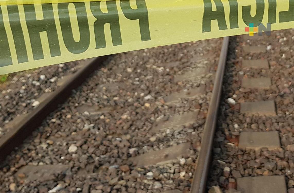 Dos migrantes fueron cercenados al caer del tren en zona de Cosoleacaque