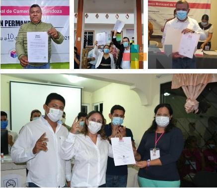 Entregan constancias de mayoría a alcaldes electos, diputados federales y locales de municipios de zona centro de Veracruz