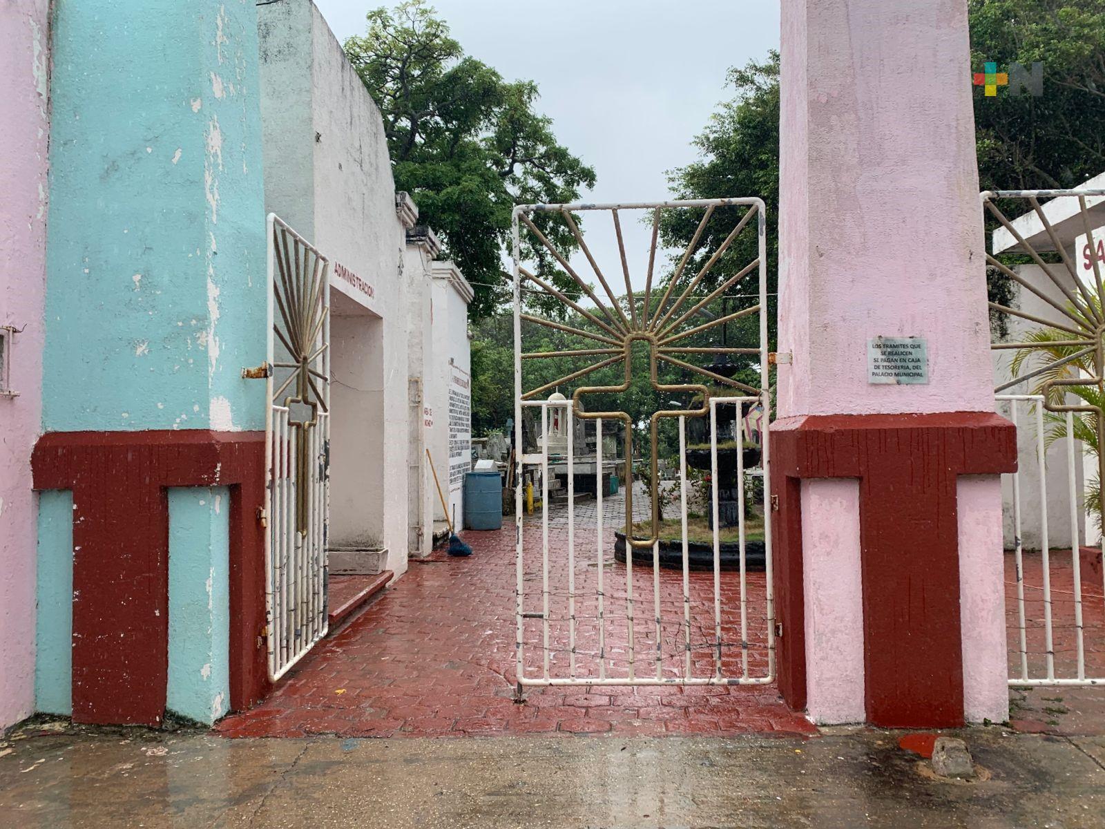 Panteones de Coatzacoalcos abrirán este domingo que se celebrará el Día del Padre