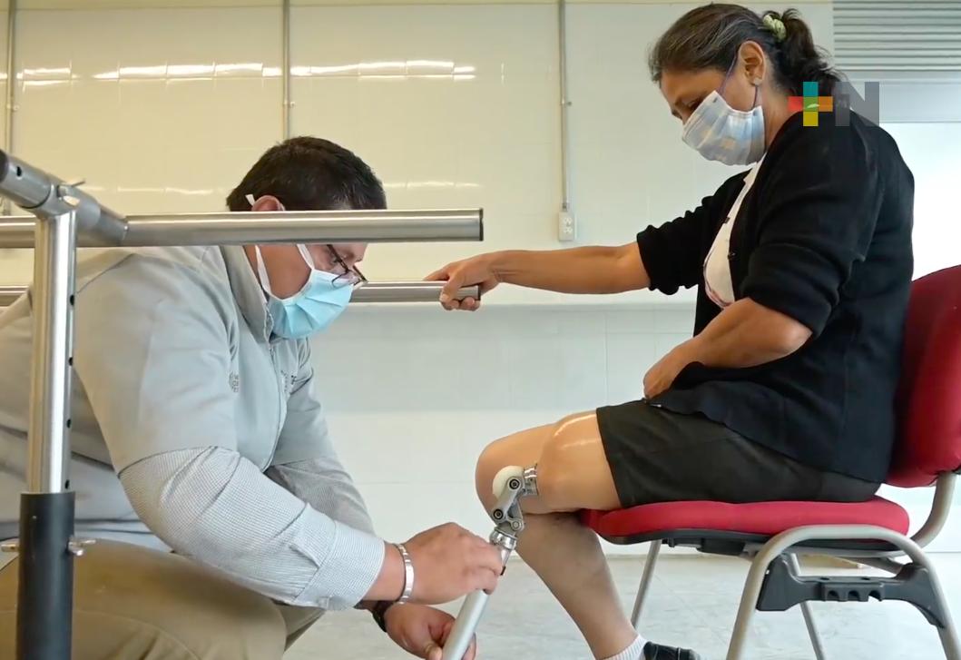 Prótesis entregadas por el DIF Estatal benefician a más personas vulnerables