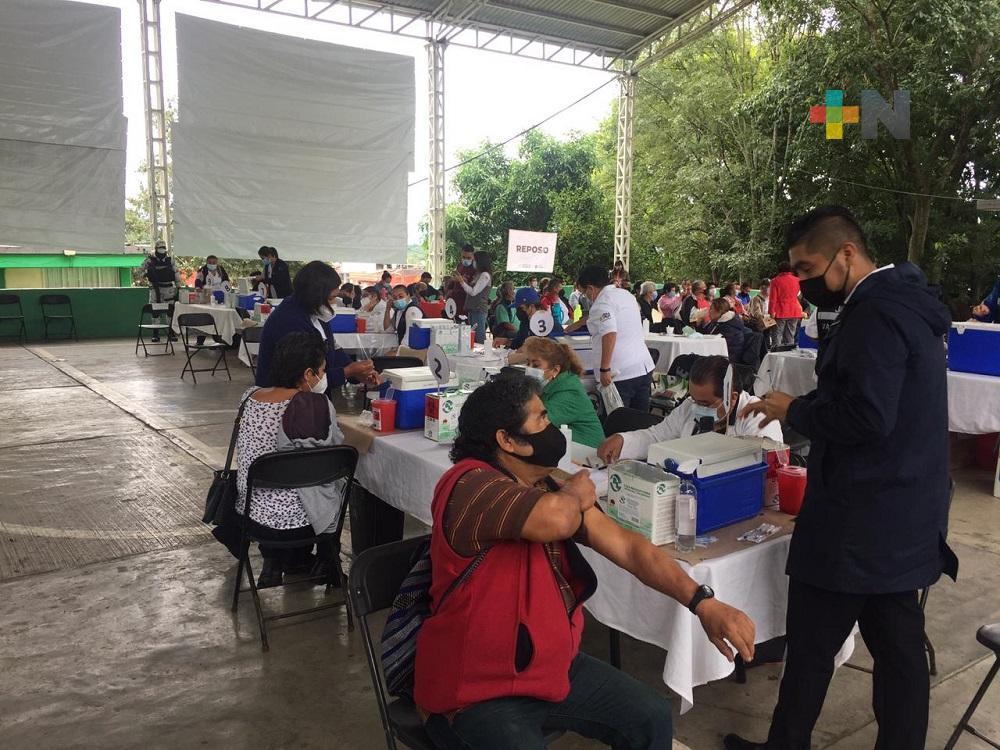 Gobernador Cuitlahuac García exhorta a vacunarse contra el COVID-19: todos los biológicos son efectivos