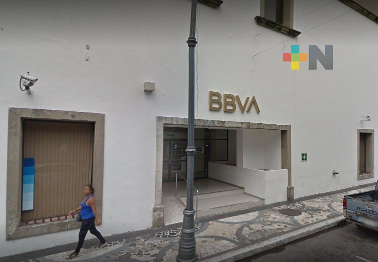 Asaltan a cuentahabiente dentro de un banco del Centro Histórico de Veracruz