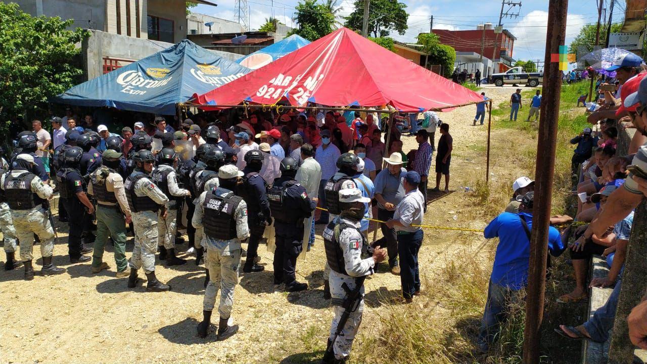 En Jesús Carranza, simpatizantes del PT  trataron de impedir traslado de paquetes electorales a  Xalapa