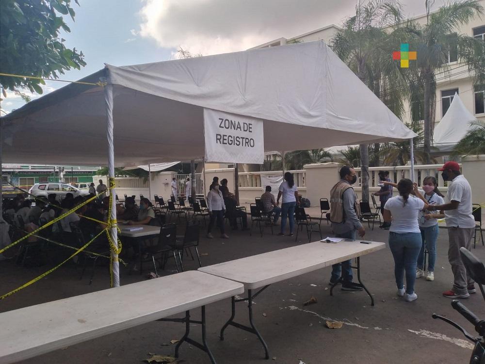 Aplican segunda dosis de vacuna anticovid a personas de 40 a 49 años en municipio de Veracruz