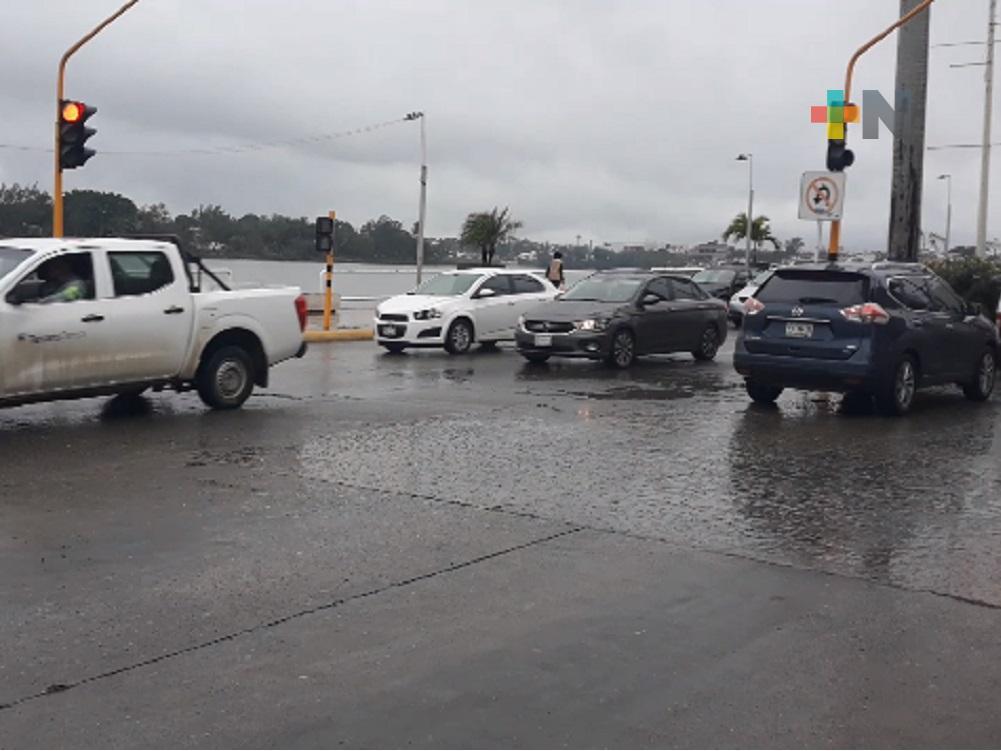 Autoridades tuxpeñas, analizan instalar nuevos semáforos para evitar accidentes vehiculares