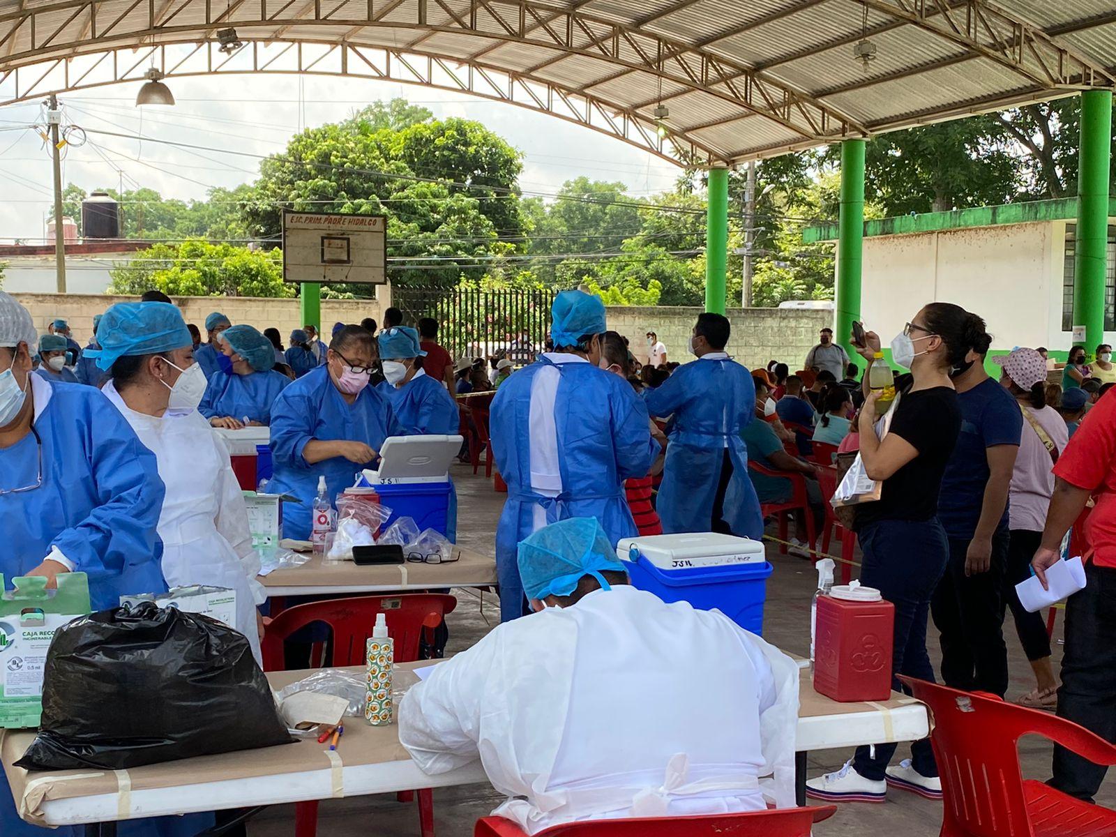 Al menos 11 mil vacunados en Martínez de la Torre; ahora acuden los de 30 a 39 años de edad